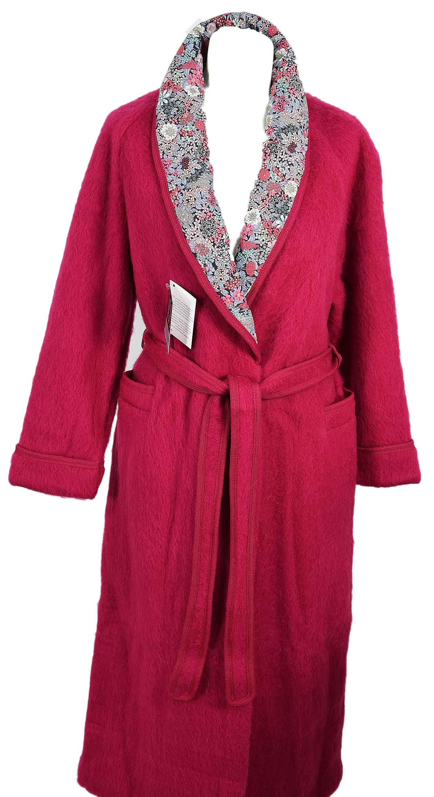 Robe de chambre courte femme laine des pyrenees beige en stock - Robe de chambre en laine ...